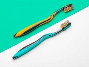 Toothbrush - Dental kit